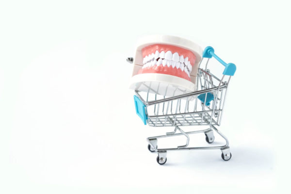 Tips on how to best sell dental equipment
